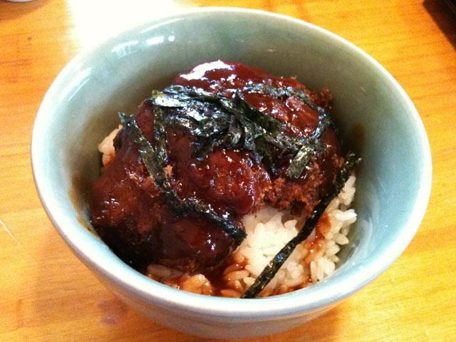麺工房きやんち メンチカツ丼(ミニ)